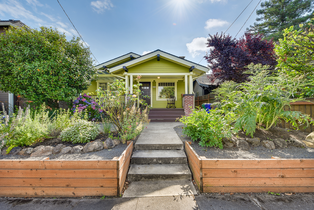 4702 NE 29TH AVE Portland, OR 97211